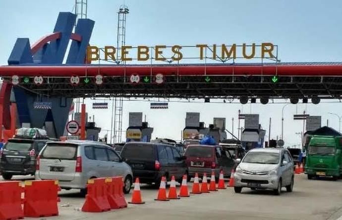 """""""Kemacetan Total di Jalan Toll , Tanggung Jawab Siapa? Presiden-kah atau Menteri Perhubungan atau Pengelola Toll"""""""