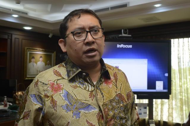 Fadli Zon : KTP Mangkrak, Pilkada Rusak