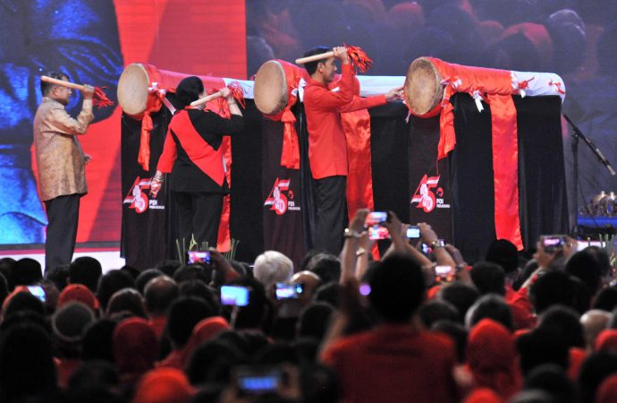 Jokowi : Untung Ada PDIP