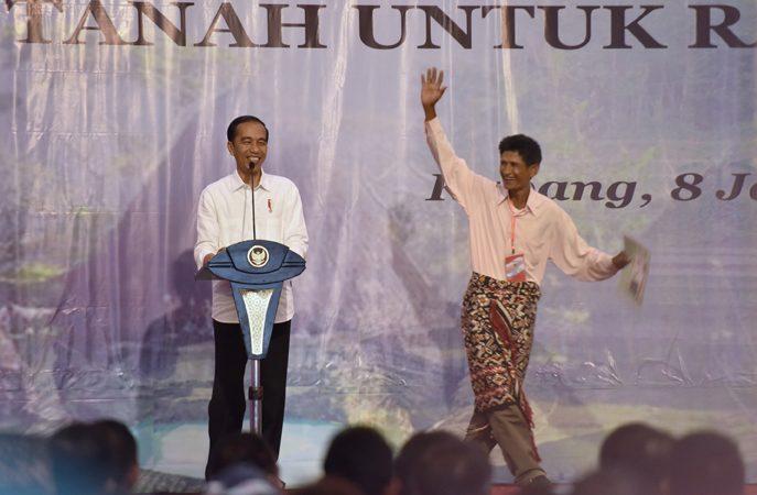 Ini Titipan Jokowi untuk Ina dan Ama Kupang, Apa Saja?