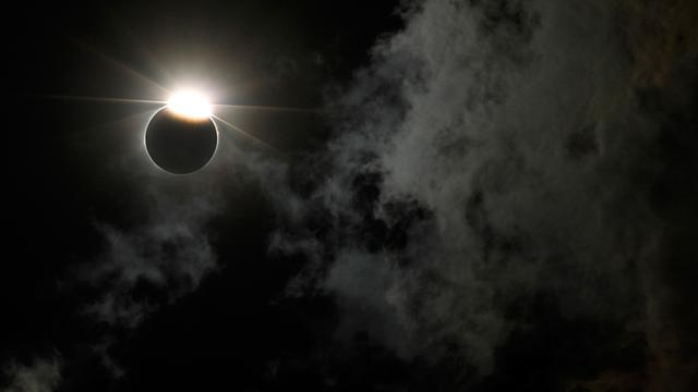 Gerhana Bulan Langka Terjadi Rabu Depan
