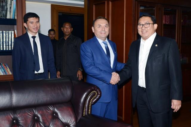 Uzbekistan Berlakukan Bebas Visa untuk WNI