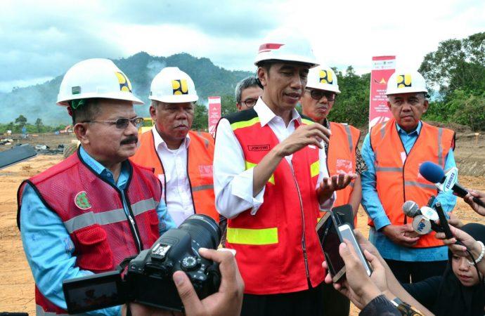 Kunjungan Kerja Terus, Jokowi Ngaku Capai