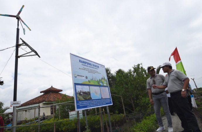 Bantuan Listrik Dengan Teknologi HEOP untuk warga Dusun Bondan Kampung Laut
