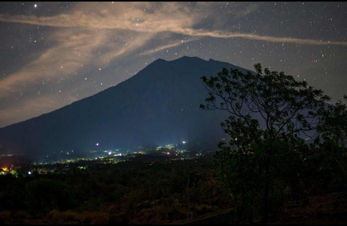 Diminta Awas, Warga Gunung Agung Terancam Lahar Hujan