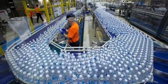 Ramadhan, Permintaan Air Minum Kemasan Diprediksi Naik 20%