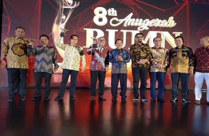 Pelindo IV Raih Pengembangan Talenta & CEO Talent Terbaik di Anugerah BUMN