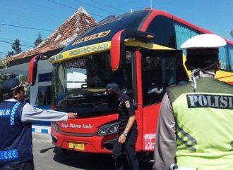 Kurangi Angka Kecelakaan Sopir Bus Harus Fit
