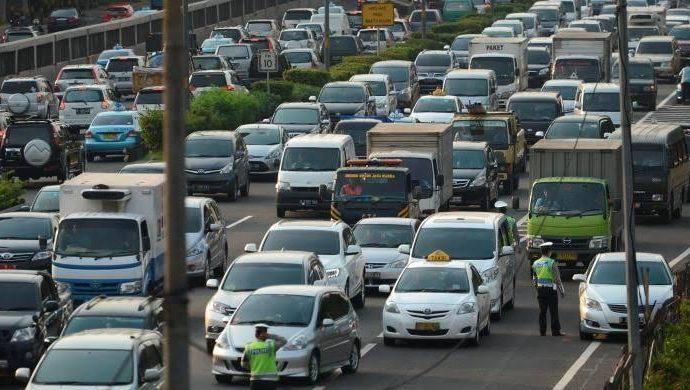 Arus Balik Belum Sepenuhnya, Pemerintah Himbau Angkutan Barang Tak Lewat Tol
