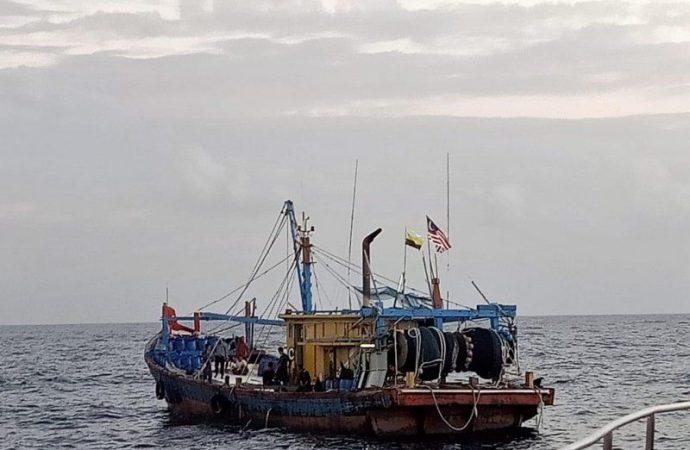 Lagi, Kapal Asing Ilegal Ditangkap di Selat Malaka