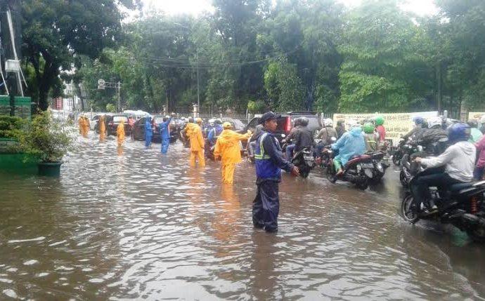 Duh, Banjir Di DKI dan Sekitarnya Tewaskan 9 Orang