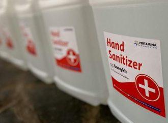 Usai Luncurkan Wastafel Keliling, Pertamina Foundation Salurkan Hand Sanitizer