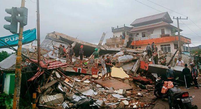 Delapan Meninggal dan Ratusan Luka Akibat Gempa di Majene