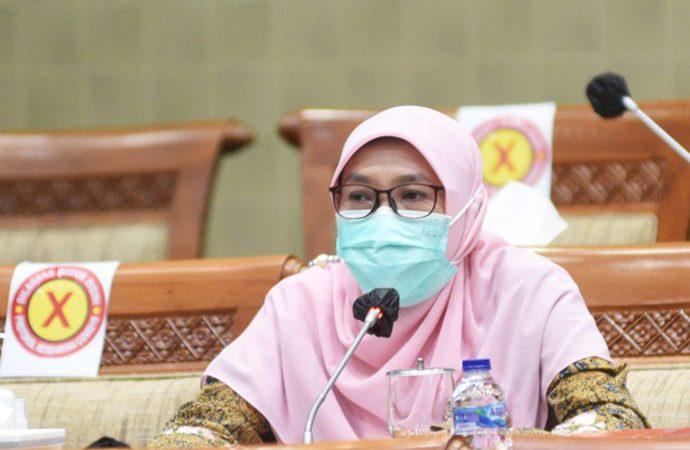 DPR Minta Pemerintah Pastikan Kesiapan SPSK Bagi Pekerja Migran Ke Arab Saudi