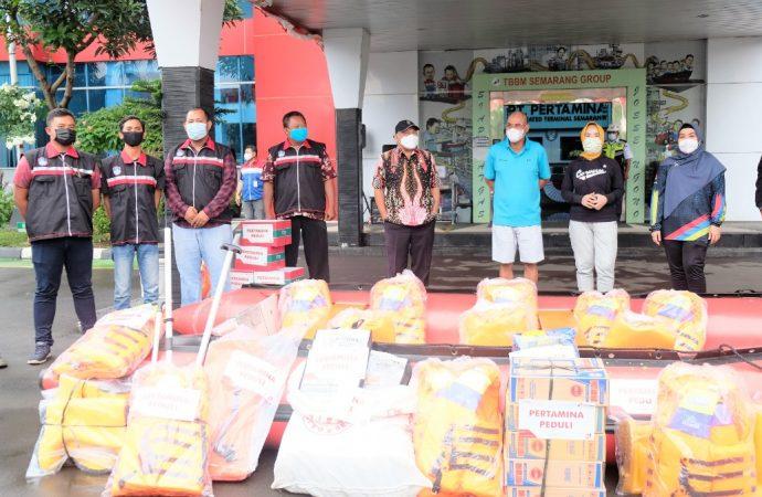 Dirut Pertamina Serahkan Program CSR MasDana di Semarang