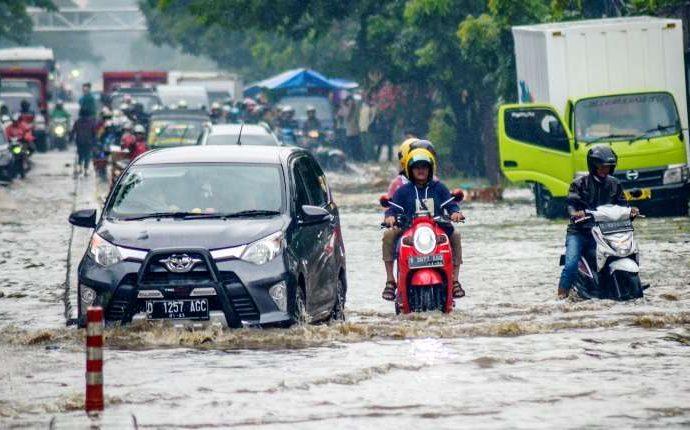 YLKI : Gratiskan Tol Yang Kena Banjir!