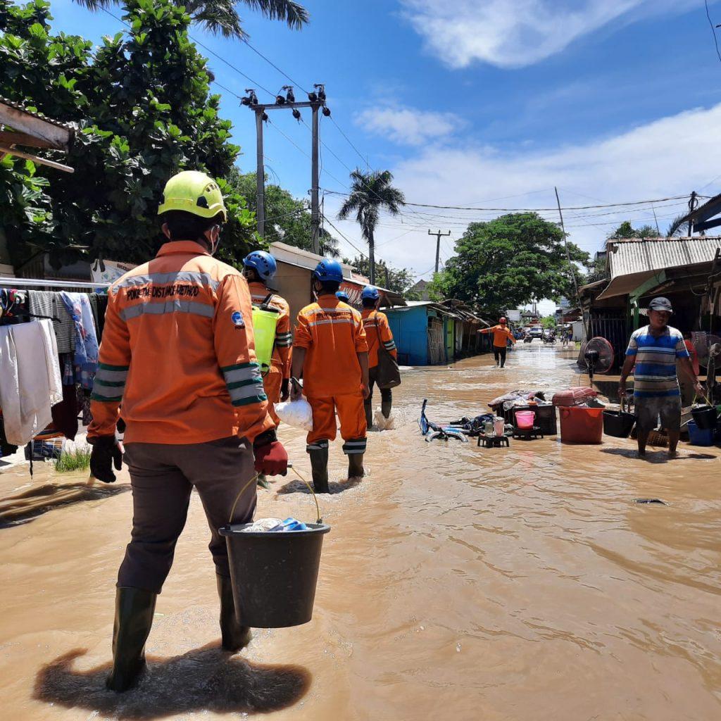 pln pulihkan 99 persen gardu listrik terdampak banjir di jawa barat