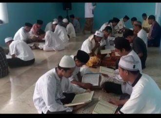 Malam Nuzul Qur'an, Warga Hualoy-Tomalehu Khatam Quran 36 Kali