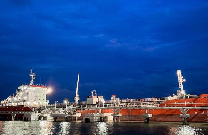 Pertamina Jual 3.000 MT Produk Metanol Ke Industri Di Kalimantan