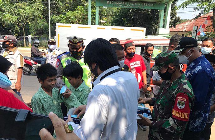 """KSP Luncurkan Gerakan Sebar Masker """"Door to door"""" di Bekasi"""